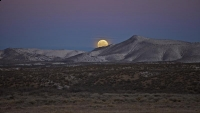 moonset;utah;moon;hoizontal;southwest