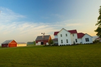 Farm;Farms;Barn;Barns;Indiana;Family-Farm;Howard-County;White;Red;Green;Morning-FM;Midwest