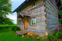 Cabin;weathered-wood;log-cabin;Howard-Countyh;gray;green;flowers;antique;Midwest