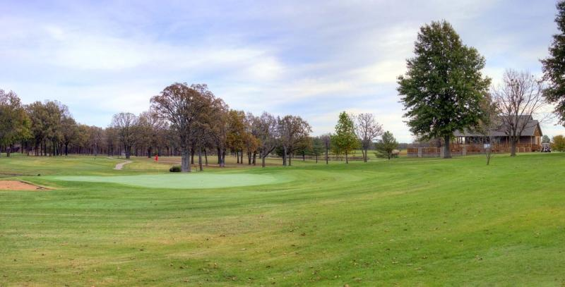 marshfield;golf;country club;mo;missouri;webster county;club house
