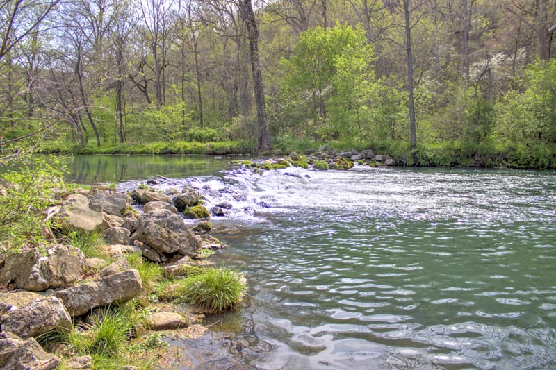 water;spring;bennett spring state park;river;reflection;trees;green;horizontal;missouri;mo;lebanon