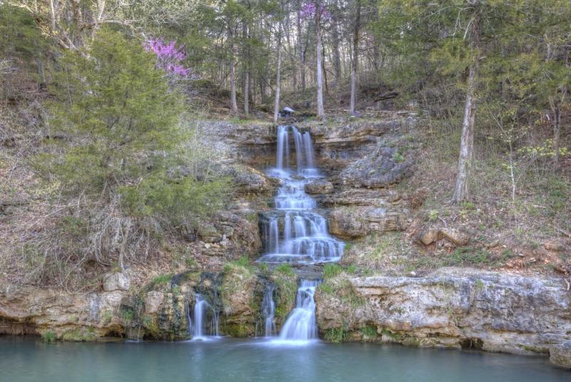 dogwood canyon;mo;missouri;water;nature;spring;creek;lampe: waterfall